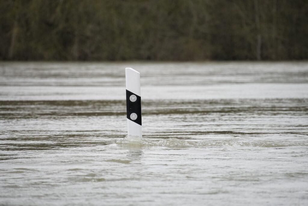 flood-5978320_1920